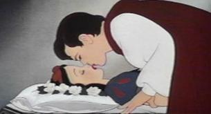 El impacto positivo del beso en la salud